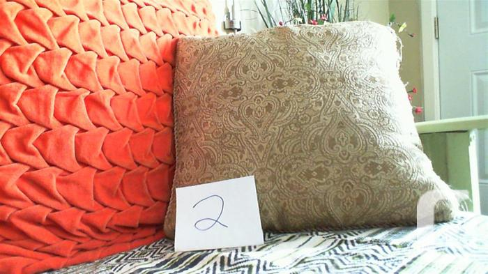 6 throw pillows (Mixed and matches well)