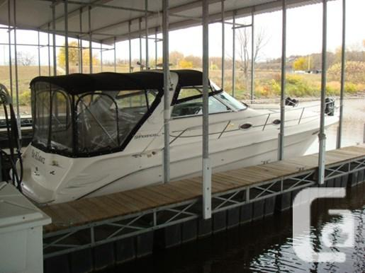 $64,900 1999 Sea Ray 330 Sundancer M/C Boat for Sale
