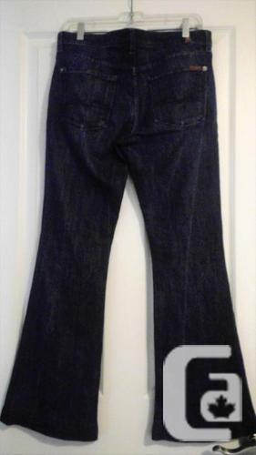 7 for all Mankind Charlize Slim Flare 30x31