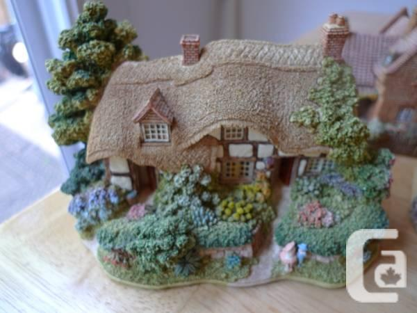 $75 Small Lilliput Lane home selection produced in