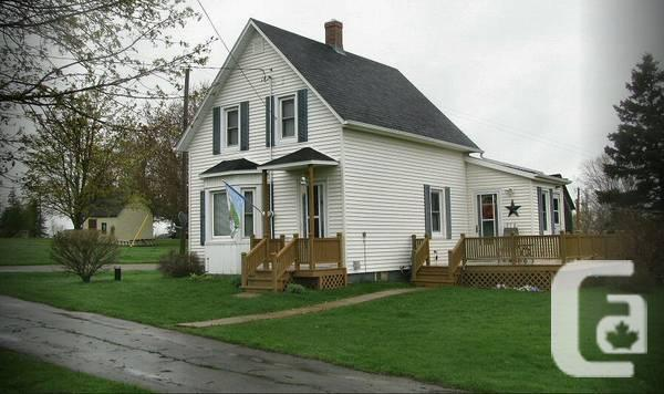 $82500 / 2br - 970ft² - PEI, 1.5 Storey Home, Seaside