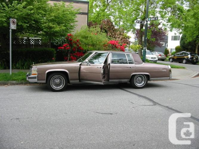 84 CADILLAC FLEETWOOD BROUGHAM 20K MILES ON NEW SMALL