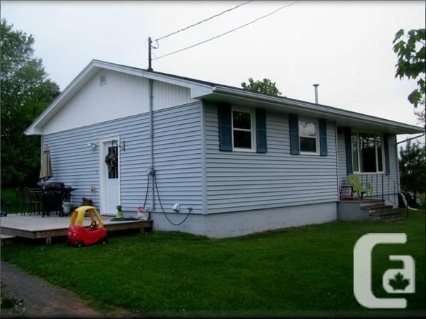 $86750 / 1000ft² - 3 Bedroom Bungalow, Prince Edward