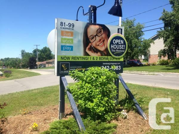 $872 / 2br - 97 Northern Murray! Excellent models