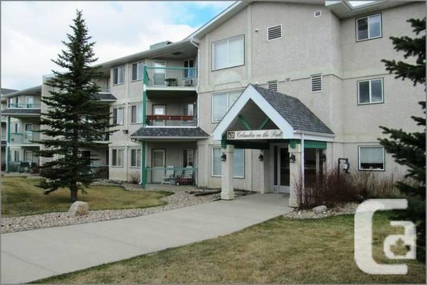 9000 / 2br - 1029ft² - Carefree condominium dwelling