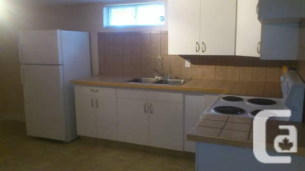 $925 / 2br - 890ft² - Lovely Southside 2 Bedroom