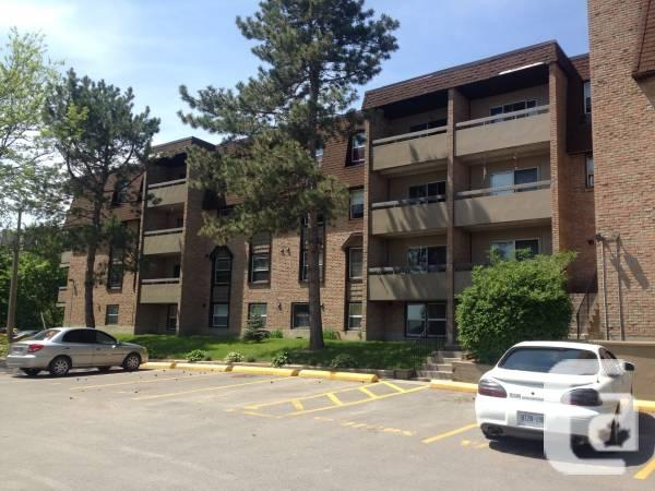 $930 / 2br - 57 Fill Street! Roomy models with upgrades
