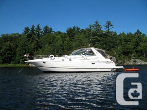 $99,900 1998 Cruisers Yachts 3870 Express Boat for Sale