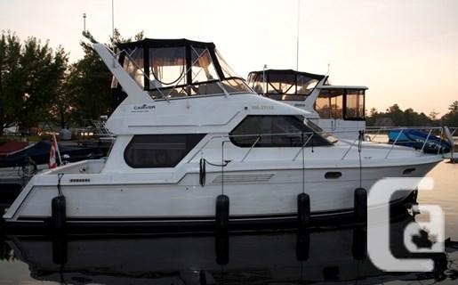 $99,900 2000 Carver 374 Voyager Boat for Sale