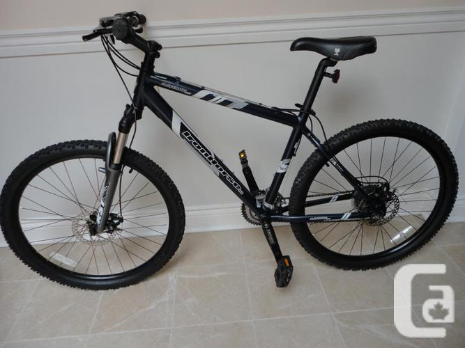 Adult IRONHORSE 24 Speed Mountain Bike With Disc