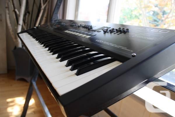 Akai AX60 Synthesizer
