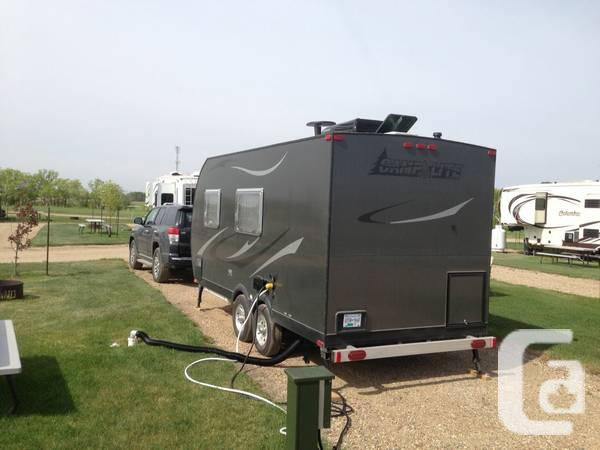 used mobile homes saskatchewan with All Aluminum C Ing Lite Travel Truck 000 4057690 on Weyburn Rv likewise All Aluminum C ing Lite Travel Truck 000 4057690 also 2006 Palomino Yearling 4100 Tent Trailer 4341985 besides House Trailer For Sale 8000 Obo 230130 further 10 000 Obo1999 Terry 24 5 Foot 5th Wheel Trailer 2884849.