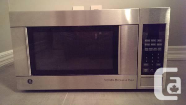 Countertop Microwave 13 Deep : Almost New 1.1 cu Feet Countertop Microwave - $90 in Sudbury, Ontario ...