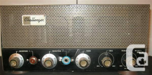 ANTIQUE BOGEN 33 WATT AMPLIFIER/TRAYNOR SPKR CABINET