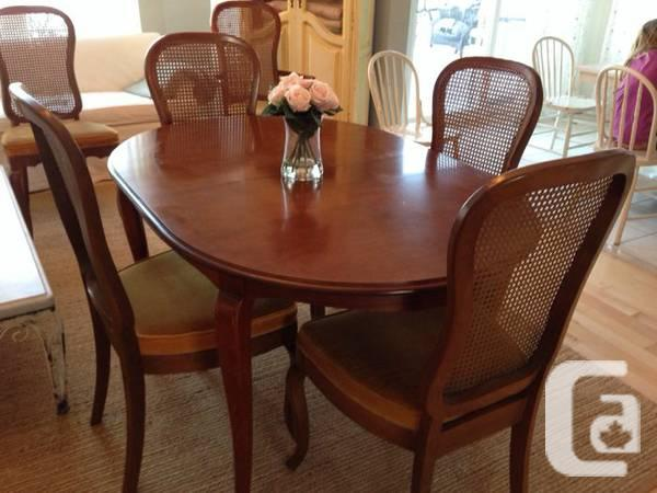 Antique Gibbard Dining Table And Chairs