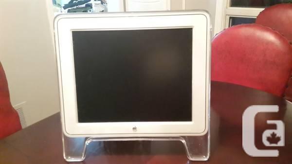 Apple Studio Display M7649 17