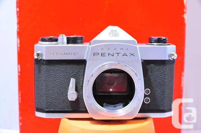 Asahi PENTAX SPOTMATIC 35mm film SLR