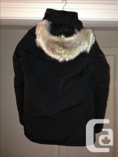 Authentic Men's Canada Goose Banff Parka - Size M