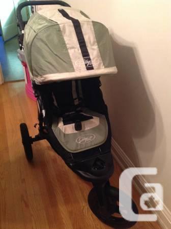 Baby Jogger City Elite Stroller (Woodbine/Gerrard) -