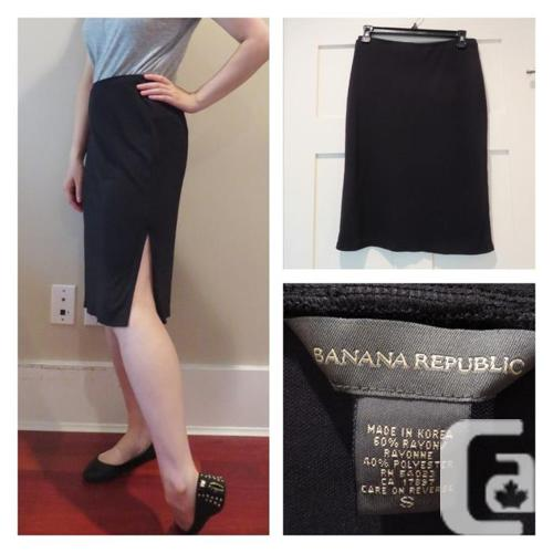 Banana Republic Knee-Length Skirt (small)