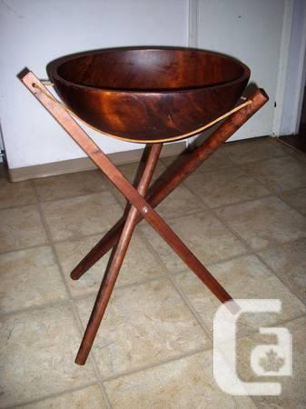 Baribocraft Wooden Salad Bowl With Floor Stand For Sale