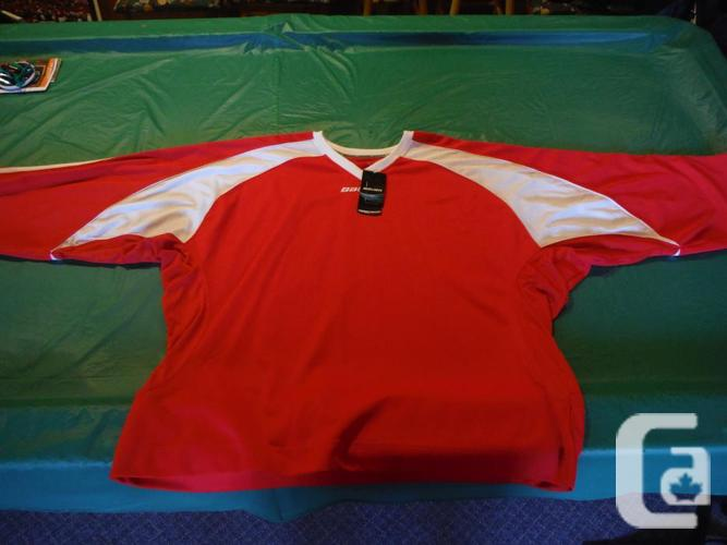 Bauer Pro adult goalie jersey