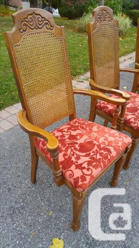 Beautiful Classic chairs/White Plethar