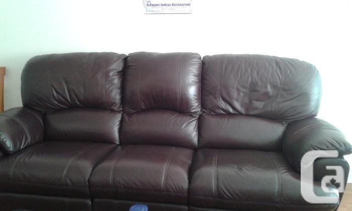 Beautiful Leather 3 Seater Reclining Sofa, Nepean,