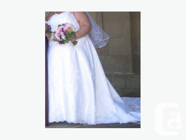 Beautiful Plus Size Wedding Dress For Sale