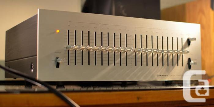BEAUTIFUL TOP OF LINE VINTAGE PIONEER SG-9500 EQ EQUALIZER in Orleans,  Ontario for sale