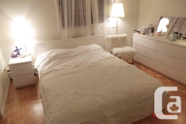 Bedroom furniture set queen white for sale in for Bedroom furniture edmonton