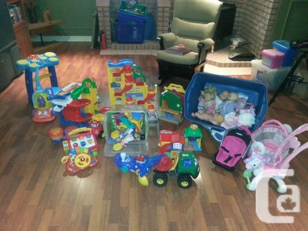 Big large amount of lightly cherished child games -