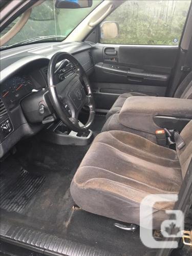Black Dodge Dakota Crew Cab
