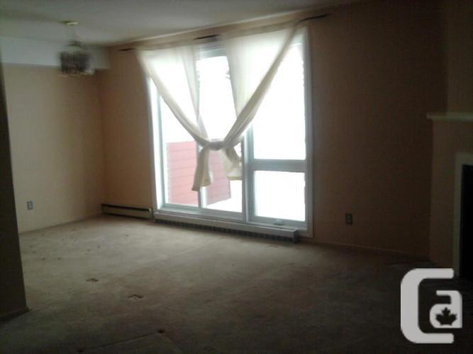 Blossom Park - 2 Level, 2 Bedroom Condo