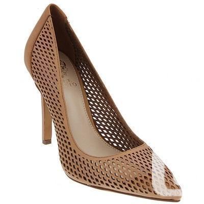 "BNIB Vince  Camuto ""Caila"" size 8-8.5?"