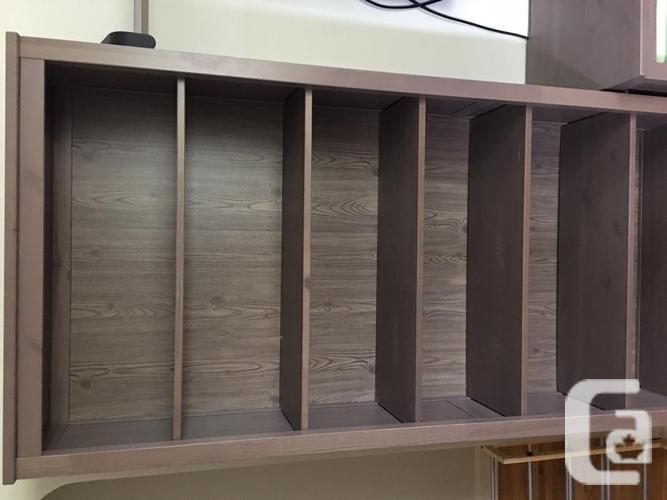 Bookcase/entertainment wall unit