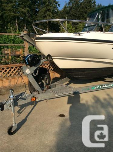 Boston Whaler $32500 OBO