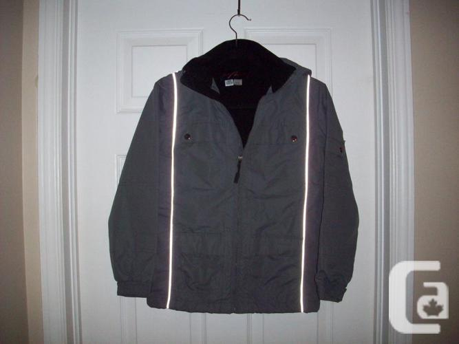 Boys Alpine tek Jacket - Size Medium (10/12)