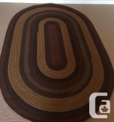 Braided 6' x 9' oval area rug from Pennsylvania