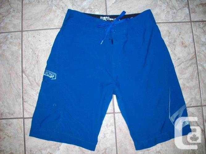 BRAND NEW Billabong Shorts - Size 28
