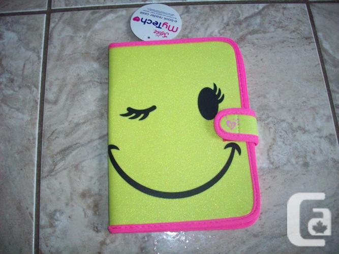Brand New - E-Reader Smilely Face Case