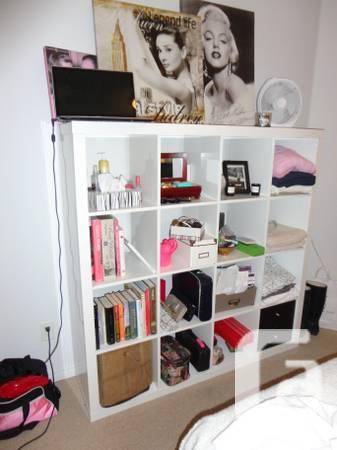 Brand New Ikea White GLOSS 4x4 Cubby Shelf - $100