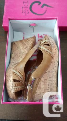 Brand New- Ladies Gorgeous Beige DLG Shoes - Size 9