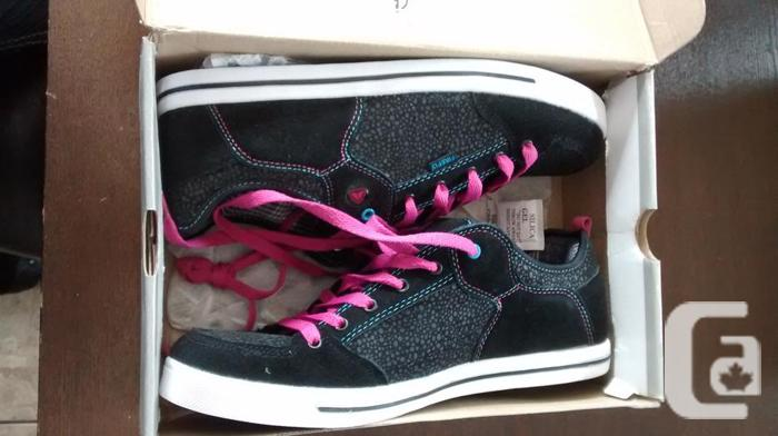 Brand New - Ladies Gorgeous Firefly Sneakers - Size 10