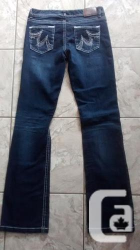 Brand New - Ladies Maurices Jeans - Size 7/8 Long