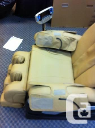 BRAND NEW MASSAGE CHAIR IN ORIGNAL PACKAGING - $1500