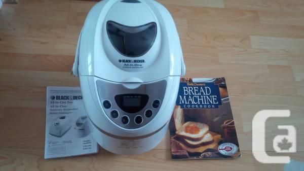 Bread maker - Black & Decker - $40