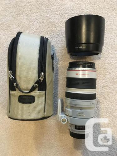 Canon EOS SLR 70D body and 18-135 lens