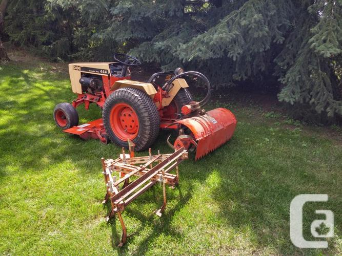 CASE 444 Hydrostatic Drive Garden Tractor And