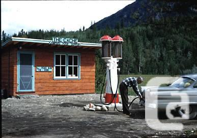Cash Paid-4-OLD GAS PUMPS/Service Station Items & Old Signs, WANTED